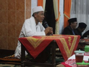 Romo KH. 'Abdul Hannan Ma'shum